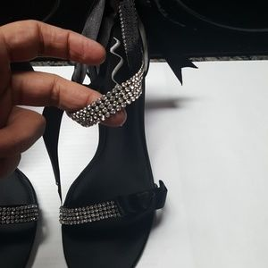 014e729e43a5 Gorgeous new with tag size 11 black heels